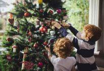 خرید درخت کریسمس با تزیین