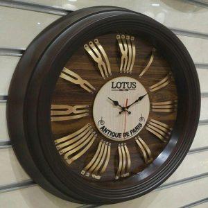 ساعت دیواری چوبی جدید