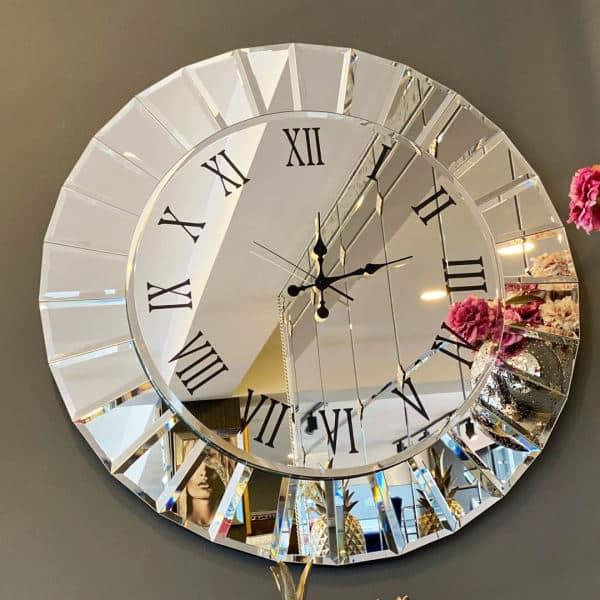 چه ساعت دیواری بخرم